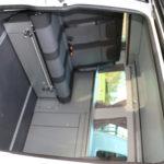 Vue intérieur depuis la porte latérale VW Transporter Cityvan